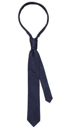 Tie dark blue. Shop here: http://www.vangils.eu/en/ties