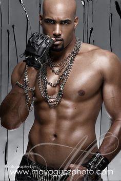 German Actor-Model Boris Kodjoe, German and Ghanian Men In Black, Hot Black Guys, Hot Guys, Hot Men, Black Boys, Boris Kodjoe, Black Dagger Brotherhood, Black Is Beautiful, Gorgeous Men