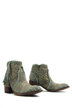 Shop a great selection of women's ankle boots at the Mexicana Store Bordeaux.