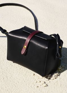 Box on Strap in Natural and Shiny Calfskin - December Collection 2015  421191dc23768