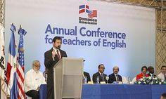Palabras del señor Patrick Dunn Encargado de Negocios, a.i Embajada EEUU en Conferencia Anual de Profesores de Inglés Buenos días y gracias, Ingeniero Ariza, por la cálida bienvenida.