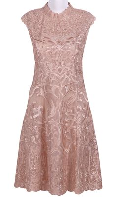 Apricot Turtleneck Cap Sleeve Embroidery Flowers Dress EUR€99.37