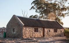 Farm stays in South Africa - Papkuilsfontein, Niewoudtville Pioneer House, Farm Stay, Small Places, Weekend Getaways, South Africa, Travel Inspiration, Travel Destinations, Road Trip, Cabin