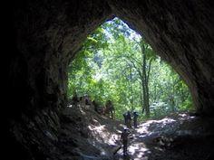 A barlangból a világ....