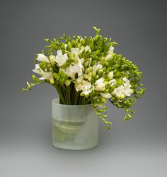 Simple Freesia   L'Olivier Floral Atelier