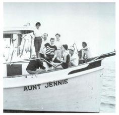Elvis and a bunch of his friends out for a day of fishing