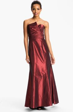 Red Neck Taffeta Gown