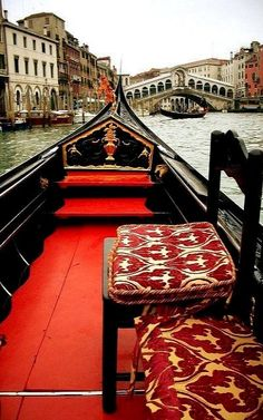 Cruising the Grand Canal in style.. Venice, Italy | Flickr - Photo by Trent Strohm