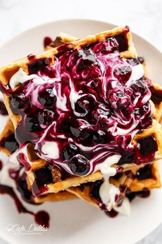 Classic Blueberry Lemon Cheesecake Waffles bursting with blueberries in every chew, served with a creamy cheesecake toping and sparkling home-made Blueberry Sauce! Sweet Breakfast, Breakfast Dishes, Breakfast Recipes, Brunch Recipes, Sweet Recipes, Dessert Recipes, Betty Crocker, Waffle Maker Recipes, Waffle Toppings