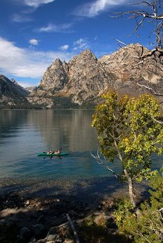 Jenny Lake in Grand Teton National Park, USA (by mbasil).