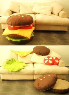 Scatter Cushions: Love It or Hate It? Love this hamburger pillow set!Love this hamburger pillow set! Food Pillows, Cute Pillows, Diy Pillows, Throw Pillows, Pillow Ideas, Sewing Pillows, Funny Pillows, Ideias Diy, Cool Inventions