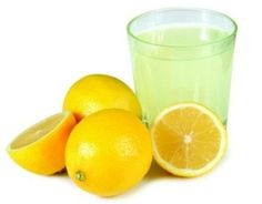 Lemon juice has long been advised as an ingredient that helps to maintain your hair. Lots who are opting to use more natural shampooing routines or those people who are eliminating artificial hair care products from their routine altogether are using lemon juice as part of their new hair care routine to maximise their hair and scalp health.