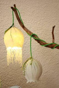 Filznetzwerk felted lampshade