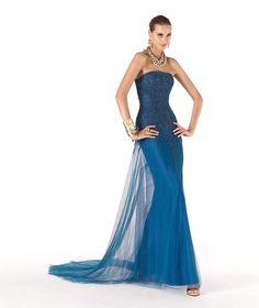 Pronovias vous présente sa robe de soirée Rebecca de la collection Soirée 2014…