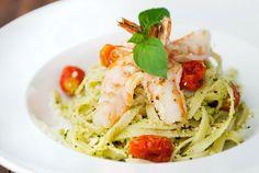 main entree pasta recipe : garlic shrimp pesto pasta with roasted tomatoes recipe