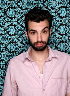 Jay Baruchel: that eyebrow....THERE'S the flavor