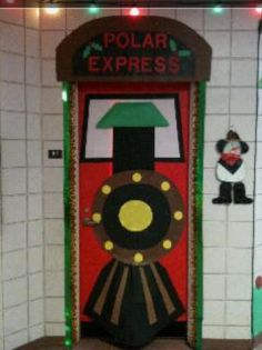 Festive Door Displays for Christmas/Winter Isnt this an awesome door for the kiddos to walk through? I love this Polar Express themed classroom door.Isnt this an awesome door for the kiddos to walk through? I love this Polar Express themed classroom door. Decoration Creche, Holiday Door Decorations, School Door Decorations, Halloween Classroom Decorations, Desk Decorations, Polar Express Party, The Grinch, Christmas Bulletin Boards, January Bulletin Board Ideas