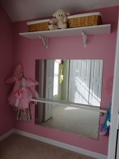 Ballet/Dress Up Closet Makeover .I don't know if I'd do it but it is way cute! Dance Bedroom, Ballerina Bedroom, Ballet Room, Dance Rooms, Girls Bedroom, Ballet Studio, Bedrooms, Dress Up Closet, Girl Closet