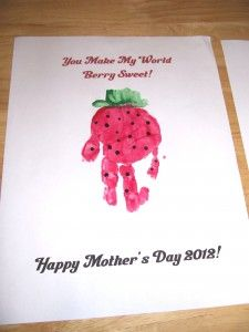 """Free Printable - Mother's Day Handprint art - """"you make my world berry sweet"""""""