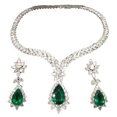 White Gold, Emerald and Diamond Necklace & Earring Set
