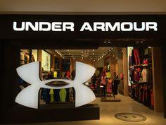 Under Armour Brasil #underarmour #sports #esportes #fachada #storefront #storedesign #retaildesign #varejo #retail #moda #visualmerchandising #vm #shopdisplay #storedisplay