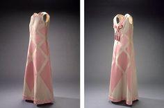 Aftenkjole i silke fra Balmain, 1969