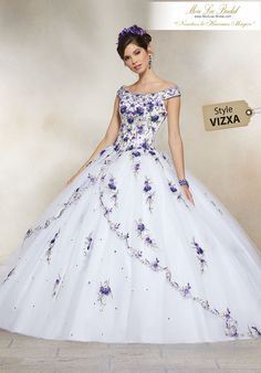Quinceanera dresses, decorations, tiaras, favors, and supplies for your quinceanera! Many quinceanera dresses to choose from! Quinceanera packages and many accessories available! Ball Gown Dresses, 15 Dresses, Pretty Dresses, Fashion Dresses, Wedding Dresses, Pageant Dresses, Royal Dresses, Simple Dresses, Pretty Quinceanera Dresses