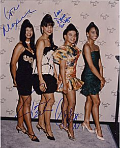 En Vogue Group Signed Autographed Photo - Cindy Herron, Terry Ellis, Maxine Jones and Dawn Robinson - Early Signatures Black Girl Groups, History Icon, Soul Singers, Women In Music, Black Girl Art, Music Icon, African Beauty, Music Love, Well Dressed