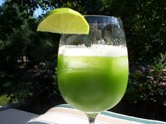 http://weightlossiseasy.weebly.com/blog/green-juices-are-great  This is a great green juice picture!
