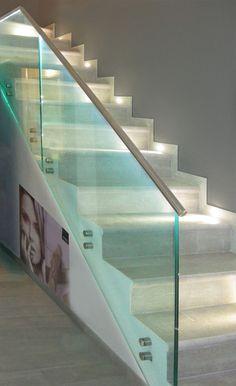 Oltre 1000 idee su illuminazione di scale su pinterest - Led per scale ...