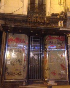 Abiertos hasta las 2:00h. Estocolmo foods&drinks en La Palma 72 Conde Duque Malasaña hasta las 3:00. Hola!!! @4latasClub @elEstocolmo #callelapalma  #malasaña #condeduque #glögg #gintonic #cocteles #mojitos #caipirinha #bloodymary #mahou #hotdog #hotdogs #cervezasmahou #aperolspritz #Madrid #Madrizmola #Madriz #exprimemadrid #quehacerenmadrid #madridcentro #despuesdelcine #jueves #dj #madridmemola #baresdemadrid #bares #baresquelugares #salirpormadrid #condeduquegente #pintamalasaña by…