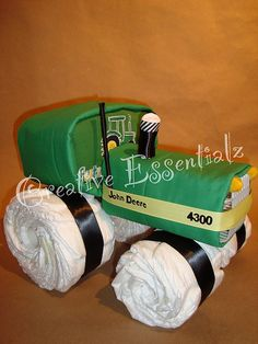 tractor diaper cake! Oh em gee I hope someone makes this for me for a baby shower!