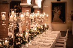 """Uno dei nostri matrimoni a tema """"Vino"""": abbiamo raccolto la migliori immagini per mostrarvi la bellezza di questo colore, il Rosso Bordeaux, detto anche Burgundy, uno dei nostri colori preferiti per le nozze! Il tono gioiello ispirato al vino, spicca tra gli altri più tenui ed è veramente di grande effetto. Questa tonalità forte è un'aggiunta perfetta a qualsiasi tavolozza di colori autunnali o invernali, ma può anche essere facilmente tradotta in una relazione estiva o primaverile. Burgundy Wedding, Bordeaux, Grande, Wedding Planner, Table Decorations, Home Decor, Wedding Planer, Decoration Home, Room Decor"""