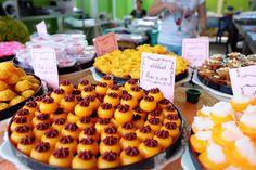 "Thai Dessert ""สเน่ห์จันทร์"""
