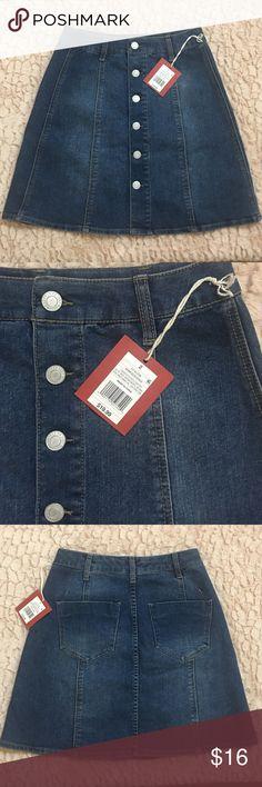 Denim Skirt 💕 NWT Denim button down mini skirt from Mossimo Supply Jeans