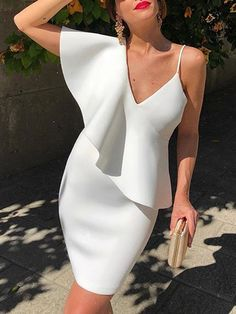 Buy Women's Evening Dress Hollow Out V Neck High Waist Fashion Dress & Evening Dresses - at Jolly Chic Dress Shirts For Women, Clothes For Women, Cocktail Vestidos, Looks Chic, Ladies Dress Design, Homecoming Dresses, Wedding Dresses, Evening Dresses, Party Dress