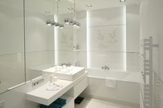 pl i 19 48 44 1920 Bathroom Toilets, Bathrooms, Bathroom Inspiration, Malaga, Sink, Bathtub, Led, Mirror, Furniture