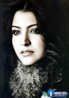 Hot And Unseen Sizzling Photoshoot Pics of Anushka Sharma