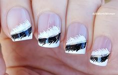 #Black & #White #Feather #Frenchmanicure