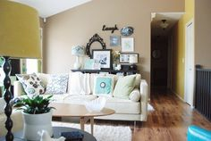 Jennifer's Bright and Airy Mish Mash — House Tour | Apartment Therapy