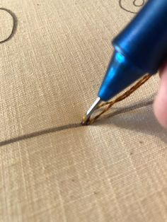 A wonderful punch needle tutorial form the Old Tattered Flag.