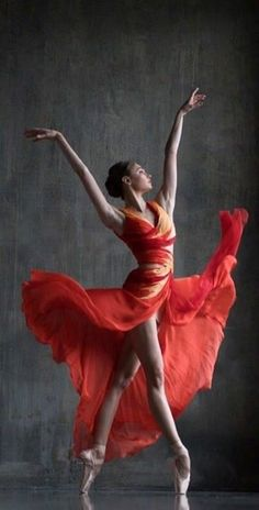 Womens Pose Dance Ideas For 2019 Art Ballet, Ballet Dancers, Ballerinas, Dance Photography Poses, Dance Poses, Men Photography, Ballerina Kunst, Dance Paintings, Dance Movement