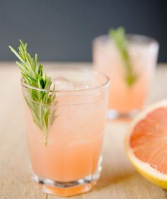 Mix Up Your Happy Hour With These Cocktails Over Rosé? Mix Up Your Happy Hour With These Cocktails,Fancy Drinks Delicious AND easy cocktails for your summer gatherings Related posts:Sitzball Leiv. Beste Cocktails, Mezcal Cocktails, Easy Cocktails, Cocktail Drinks, Cocktail Ideas, Cocktail Maker, Spring Cocktails, Simple Mocktail Recipes, Easy Vodka Drinks