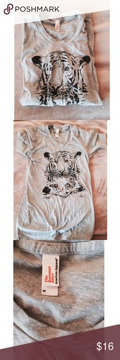 American Apparel Soft Tee New! ✨ American Apparel super soft tiger tee - Soft & feels good on the skin - Perfect with your favorite jeans ⚜ Size M American Apparel Tops