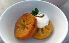 Baked Persimmon with Honey and Vanilla Bean Persimmon Recipes, Gluten Free Desserts, Us Foods, Fall Recipes, Vanilla, Honey, Pudding, Baking, Vegetables