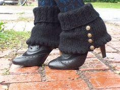 Ravelry: Spick and Spats pattern by Madelaine Pippa Bartlett
