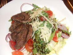 Ensalada rumana de carne. Ver la receta http://www.mis-recetas.org/recetas/show/26671-ensalada-rumana-de-carne