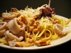 Seafood Linguine with White Wine Sauce by Ling Li Eats