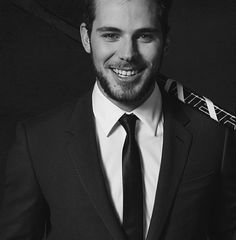 For 10+ years, I've worked with guys in suits, pretty much every single workday -- attorneys and then sales reps. Not one time did any of them do anything for me. But you take a hockey player (like Tyler Seguin) and put him in a suit? Mmm.