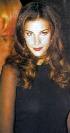 Liv Tyler, Stunningly Beautiful, Beautiful Actresses, Mona Lisa, Movies, Films, Cinema, Movie, Film